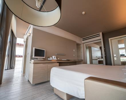 Large, comfortable design suite in 4-star hotel in Padua