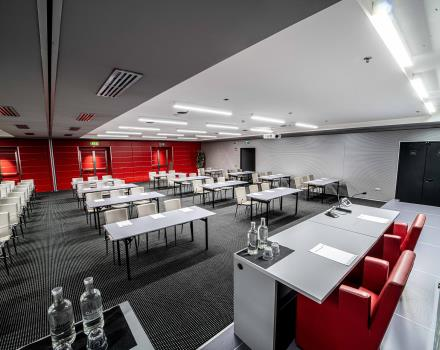 The BW Plus Net Tower Hotel has a meeting center with 7 rooms