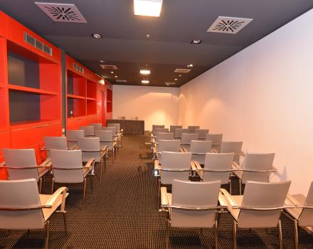 Plan your meeting in Padua with Net Tower Hotel: discover all our business services!